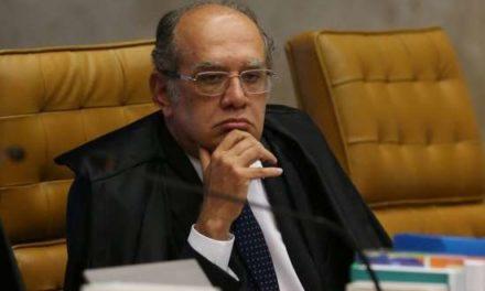 Presidente do TSE entrega proposta para implementação do parlamentarismo no Brasil