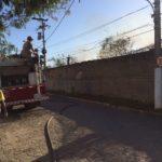 Incêndio de médias proporções atinge depósito abandonado em Macaé