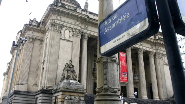 Assembleia Legislativa do Rio publica 27 leis vetadas pelo governador