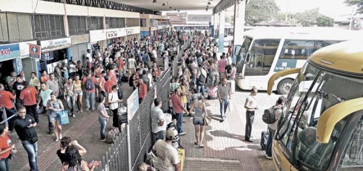 Mais de 300 ônibus sairão de Macaé durante feriado de Nossa Senhora Aparecida
