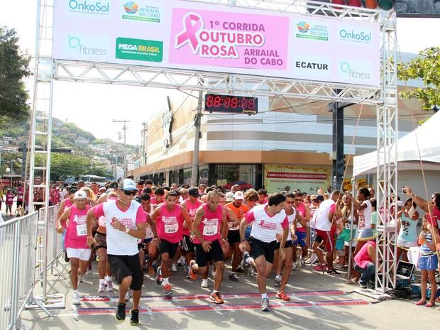 Arraial do Cabo realiza atividades dentro da Campanha Outubro Rosa, neste sábado (14)