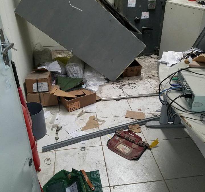Criminosos usam maçarico para arrombar cofre do Banco do Brasil em Rio das Ostras
