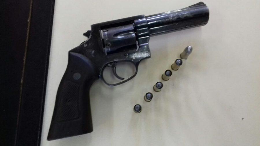 Adolescente suspeito de praticar assalto em Cabo Frio é apreendido com arma