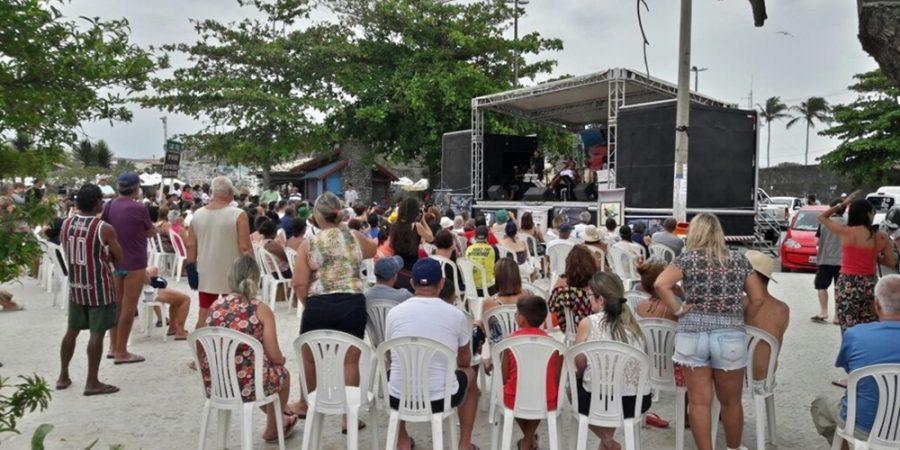 Concerto no Canto do Forte presta homenagem às vítimas do acidente da barragem em Mariana, em Cabo Frio