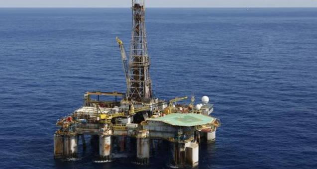 Visando aumento na produção, Petrobras executa reforma em 39 plataformas na Bacia de Campos