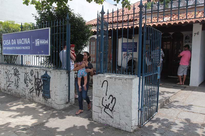 Casa da Vacina, em Macaé,  registra seis mil atendimentos por mês