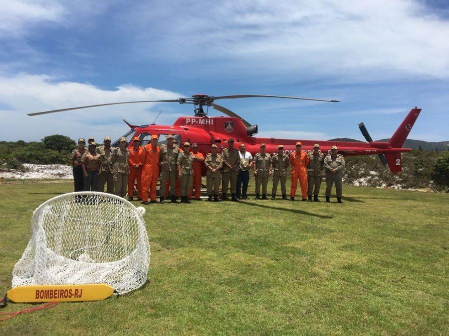 Região dos Lagos recebe helicóptero para reforçar salvamentos durante o verão