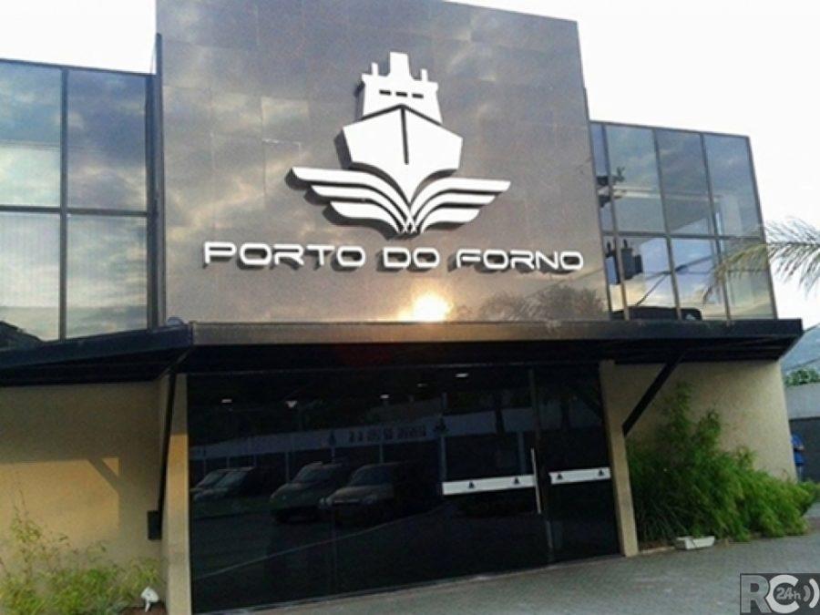Porto do Forno desbloqueia R$ 1,5 milhão e paga 13º salário dos funcionários