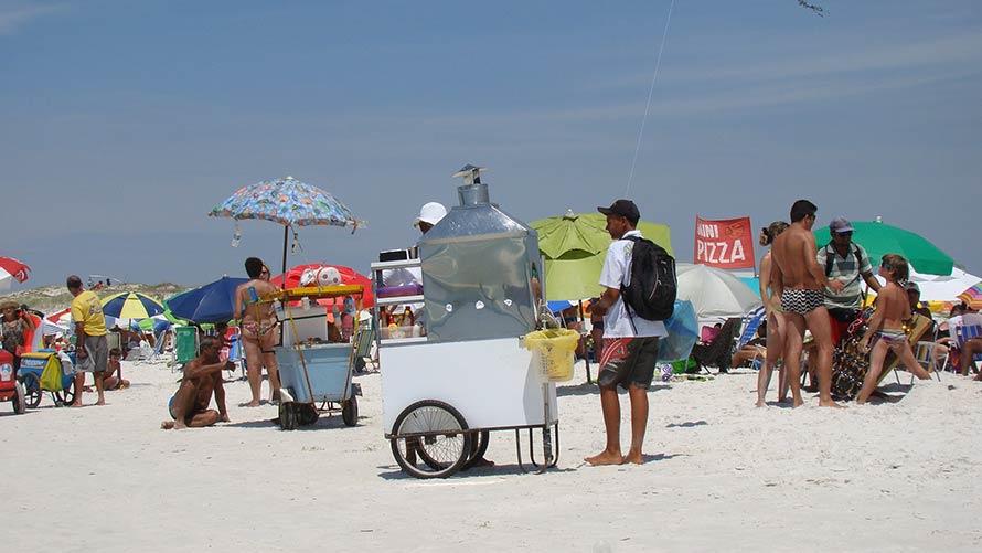 Prefeitura de Cabo Frio suspende temporariamente cadastro de ambulantes