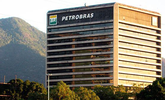 Petrobras economiza R$ 750 milhões com simplificação de processos de contratação