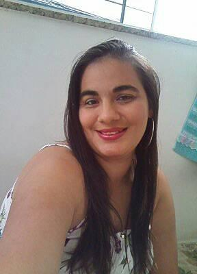Mulher é baleada na cabeça no Lagomar, em Macaé